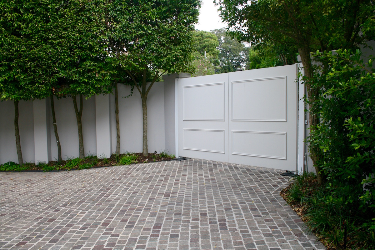 Resurfacing Vs Replacing A Driveway What To Know Designer Concrete